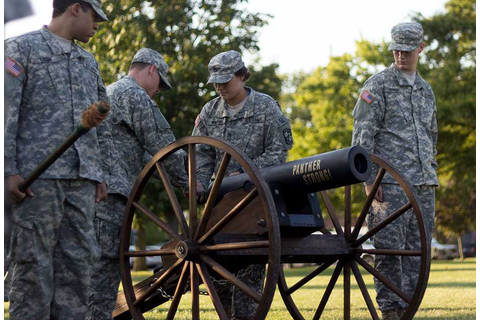 The Daily Eastern News : ROTC to fire off cannons